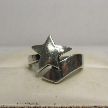 Retired James Avery Sterling Silver Shooting Star Ring Size 6.75
