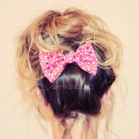 Geometric Bow Hair Clip Pink for Messy Haired Dames