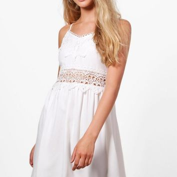 Taylor Embroidered Shift Dress | Boohoo