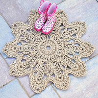 Daisy Flower Doormat - Rope Mat - Entryway decor - Handmade to order from Twisted Thread And Hook