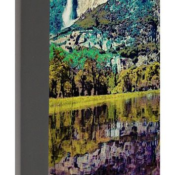 Yosemite National Park Poster 2 - Portable Battery Charger