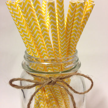 25 Yellow Chevron paper straws // baby bridal shower decorations // candy dessert buffet table // wedding // First birthday/new year party