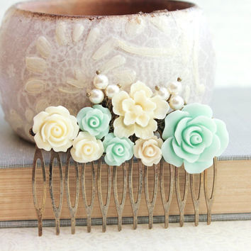 Mint Rose Hair Comb Floral Hair Accessories Pearls Bridal Hair Comb Mint Green Wedding Cream Flower Hair Piece Metal Comb Seafoam Light Aqua
