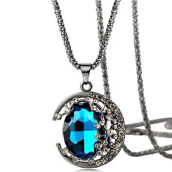 The European and American wind gem moon necklace Female vampire diaries with money