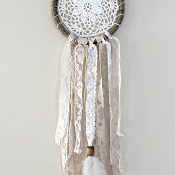 Dreamcatcher, Boho Dream Catcher, Doily Dreamcatcher,Bohemian Wall Hanging, Earth Tones,Native American,Tribal Style, Boho Chic,Boho Nursery
