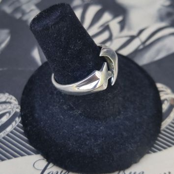 Sterling silver crescent moon and star CFJ wrap ring size 8