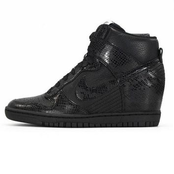 Nike Dunk Sky Hi Essential Inside Heighten woman Leisure High Help Board Shoes9