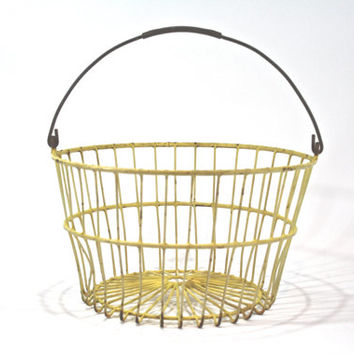 Vintage Wire Egg Basket / Metal Basket / Industrial Storage
