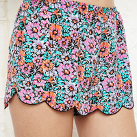 Pyjama Shorts in Floral Print at Urban Outfitters