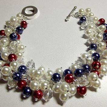 Red White and Blue Pearl and Crystal Bracelet, Mom Sister Bridesmaid Jewelry, Chunky Bracelet, Cocktail Wedding Bracelet