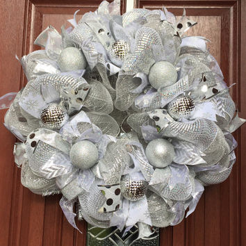 Deco Mesh Christmas Wreath - Winter Wreath - Silver Christmas Wreath - Holiday Wreath - White Silver Christmas Wreath Decor - ready to ship