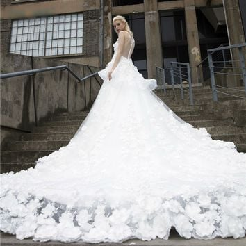 Vintage Wedding Dresses Cathedral Train Ball Gown Real Luxury Flower Pearls Bridal Gown Long Tulle Custom