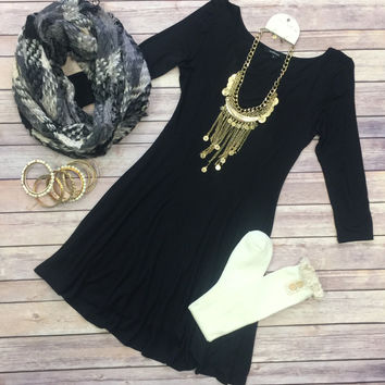 We Both Know Tunic Dress: Black