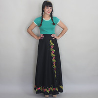 1970s MAXI WRAP SKIRT - Vintage 70s Black Skirt with Floral Embroidery - s / m