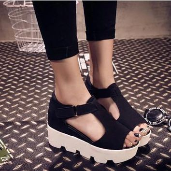 new 2015 summer fashion T-strap fish mouth Women Single Shoes PU Leather Gladiator San