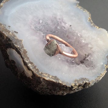 Tiny Kunzite Ring  - Bohemian Ring - Unique Ring - Raw Stone Ring - Semiprecious Stone Ring - SIZE 7