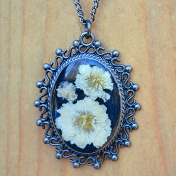 Real Pressed Flowers Victorian Pendant Necklace White Flowers Botanical Jewelry Nature Art