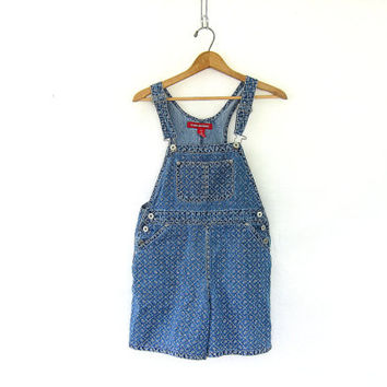 Vintage blue Jean Bib Overalls Shorts with floral print  // shorteralls jumper with flowers