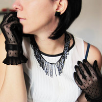 Black FRINGE BEADED NECKLACE. Retrò and shine necklace for dark Gatsby style