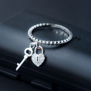 Super cute key lock 925 sterling silver tail ring, a perfect gift