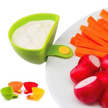 4 Pcs/set Multi-purpose Bright Color Mini Dip Clips Plastic Salad Dressings Container Serving Tray Kitchen Gadgets