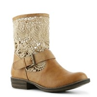 This peasant styled bootie is perfect for anyone's inner hippie girl. The Teri by Mix No. 6 is adorable with its cream and tan color contrast, macrame sides, and a heel to boot. This casual little bootie is perfect for that seasonal transition.