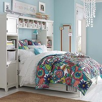 Hampton Beach Bloom Bedroom