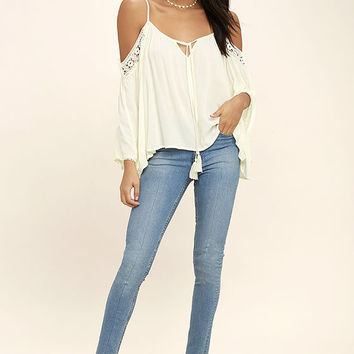 I Feel It Cream Lace Off-the-Shoulder Top