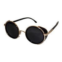 **HUNTER BLACK SUNGLASSES BY JEEPERS PEEPERS