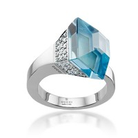 Gucci White Gold & Diamond Blue Topaz French Horn Cocktail Ring