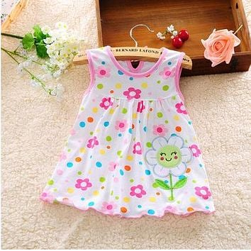 Summer 2017 Lovely New Princess Children Sleeveless Dot Flower Lace Clothing Baby Girl Dress A-line Above Knee, Mini Ruffles