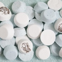 DIY | bath bomb favors - Something Turquoise {ideas for the DIY bride}