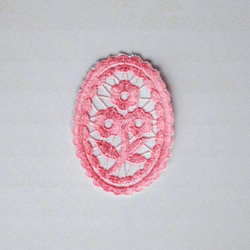 Embroidered Floral Motif Pink Applique Flower Embellishment Trim
