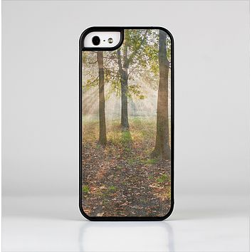 The Vivia Colored Sunny Forrest Skin-Sert for the Apple iPhone 5-5s Skin-Sert Case