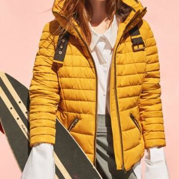 2016 New Winter Woman Mustard SHORT ANORAK with inner Fur hood High collar Side pockets Zips on cuffs