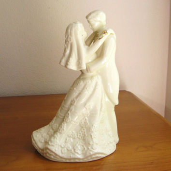 Vintage 1970's Porcelain Bride and Groom Figurine, Wedding Couple Cake Topper