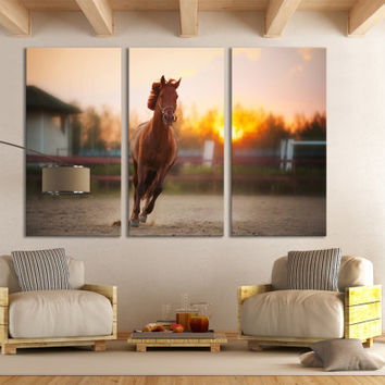 Horse Racing Canvas Print Wall Art / Kentucky Wall Art / Texas Wall Art / Horse Photography Derby Day Wall Art Décor / Horse Canvas Print