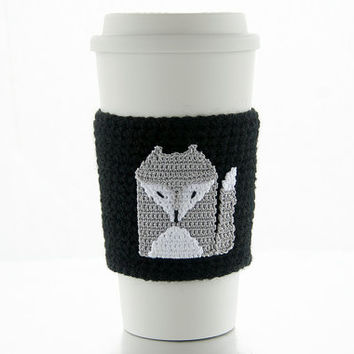Silver Gray Fox Cozy, cup cozy, coffee cozy, crochet sleeve, crochet fox applique, jet black sleeve, silver grey fox with white highlites