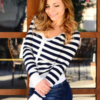 SCHOOL STRIPES CARDIGAN IN NAVY