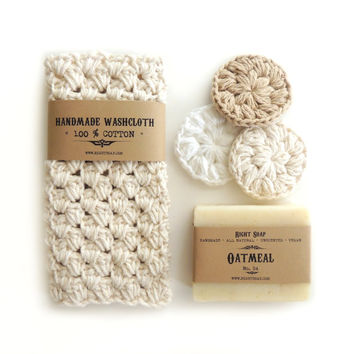 Gift set, Handmade crochet washcloth, Natural soap, gift for her, gift for mom, stocking stuffers, facial scrubs
