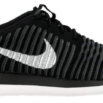 Nike Kids Roshe Two FlyKnit (GS) Running Shoes
