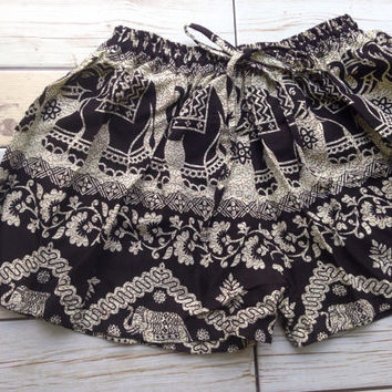 Summer Boho Elephant Print Shorts Ikat Beach Tribal Fashion Clothing Aztec Hippies Chic Ethnic Hobo Cloth Cute Wear with Tank Top Women