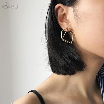 AOMU New Design Simple Chic Abstract Irregular Metal Line Polygon Geometric Overlap Triangle Spike Stud Earrings for Women Girl