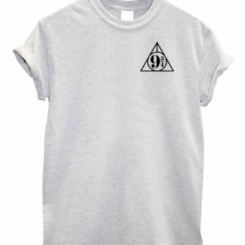 Platform 9 3/4 Kings cross station print Unisex harry potter hogwarts fan Tshirt | eBay
