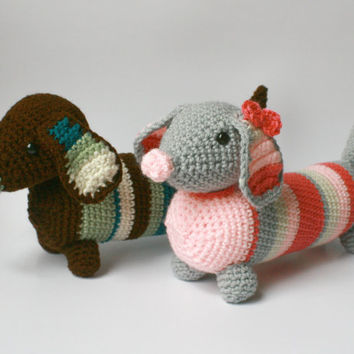 OLIVE, dachshund, stuffed animal, amigurumi, dog, weiner dog, puppy