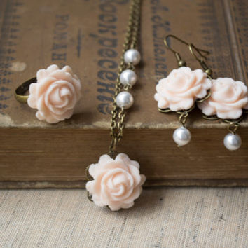 Set of Earrings, Necklace & Ring. Peach Color Flower Jewelry. Antique Brass. Wedding Jewelry. Bridesmaid Set . Vintage Inspired