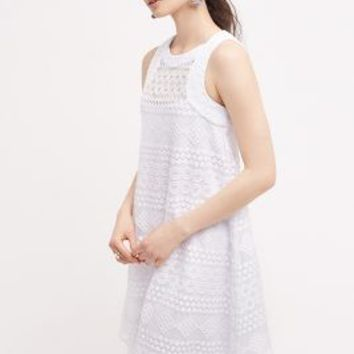 Donna Morgan Prism Lace Dress in White Size: