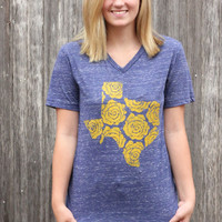 Yellow Rose of Texas Tee in Navy