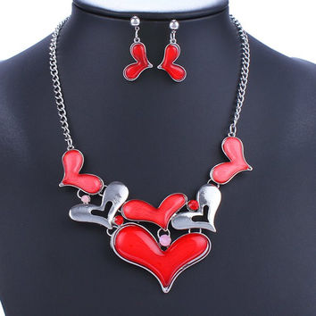 A Suit of  Heart Alloy Necklace and Earrings