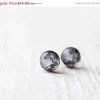 Full moon earring studs - Cyber monday etsy, Black friday etsy  - Tiny ear posts - Space jewelry (E102)